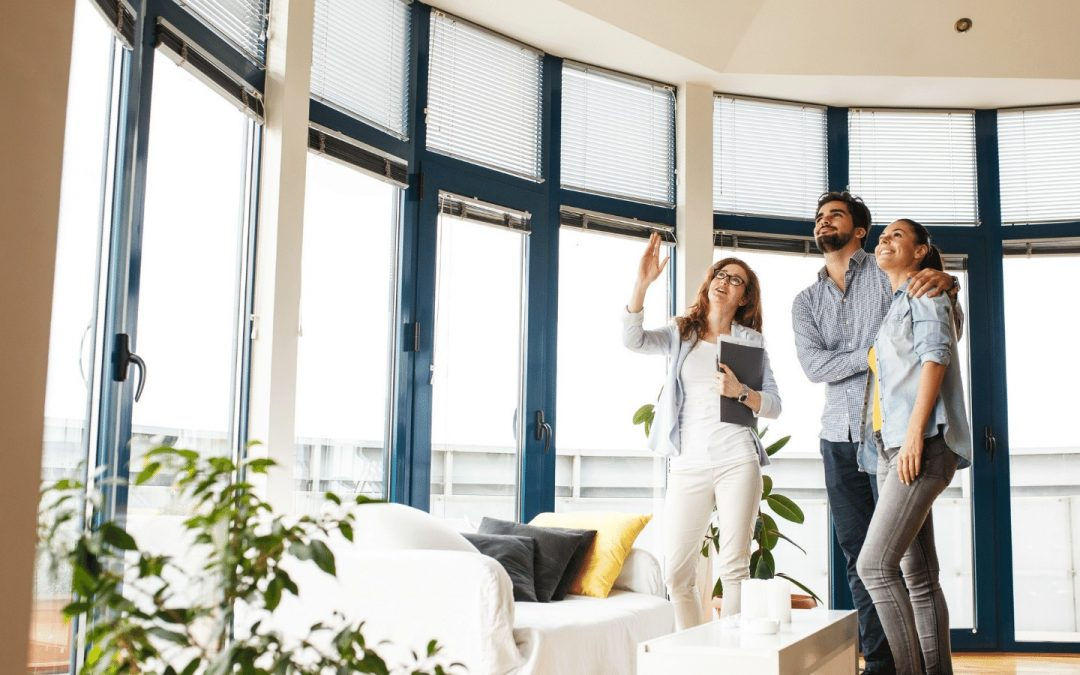 How Much Money Do Real Estate Agents Make Their First Year?